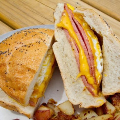 taylor-ham-pork-roll-3-lb-roll-aa7147ebb913ecb3420fe4f3d4cc1ff8